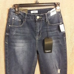 New Kensie High Rise Jeans Size 2